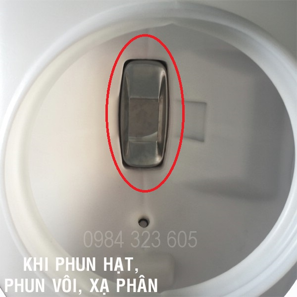 may-phun-thuoc-hat-voi-xa-phan-thoi-la-mitsubishi-tu43-dp-3wf 4